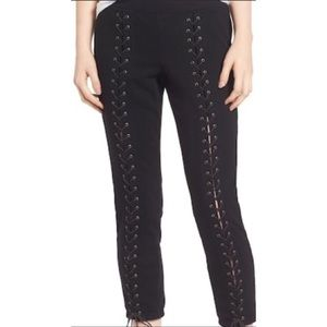 Pam & Gela cropped lace up jogger sweatpants 8480